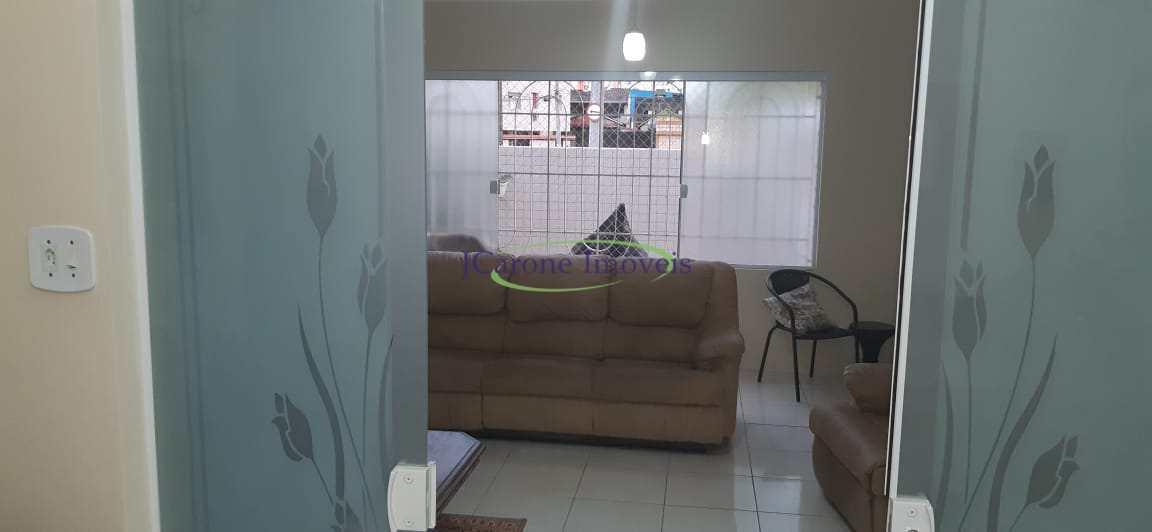 Casa com 3 dorms, Marapé, Santos - R$ 720 mil, Cod: 64152786