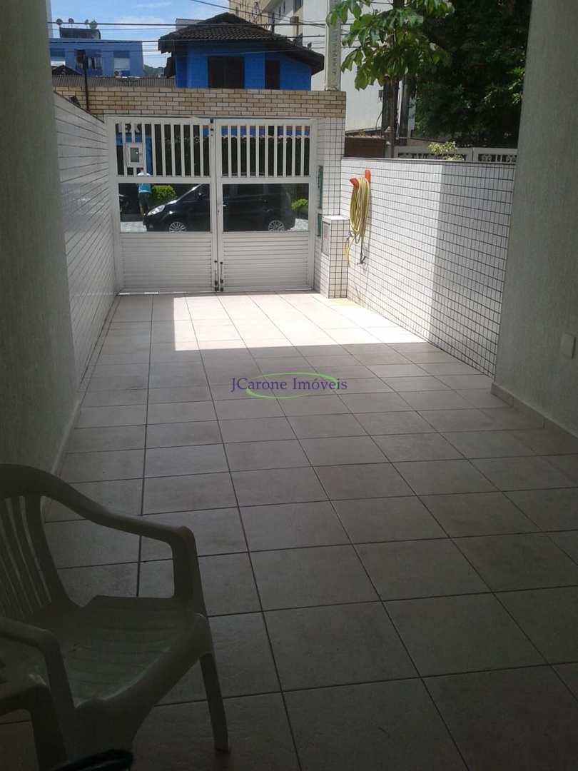 Casa com 3 dorms, Marapé, Santos - R$ 680 mil, Cod: 64152803