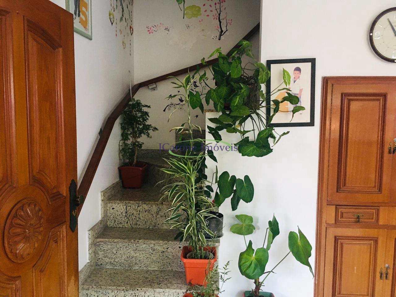 Casa com 3 dorms, Marapé, Santos - R$ 790 mil, Cod: 64152851