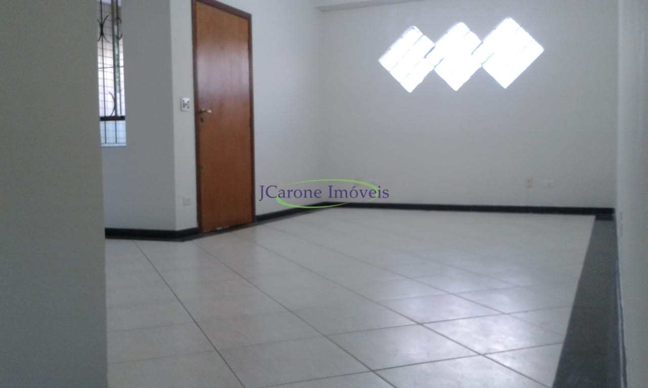 Casa com 3 dorms, Embaré, Santos - R$ 745 mil, Cod: 64152900