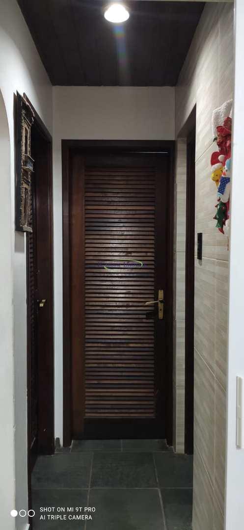 Apartamento com 2 dorms, Gonzaga, Santos - R$ 300 mil, Cod: 64152980
