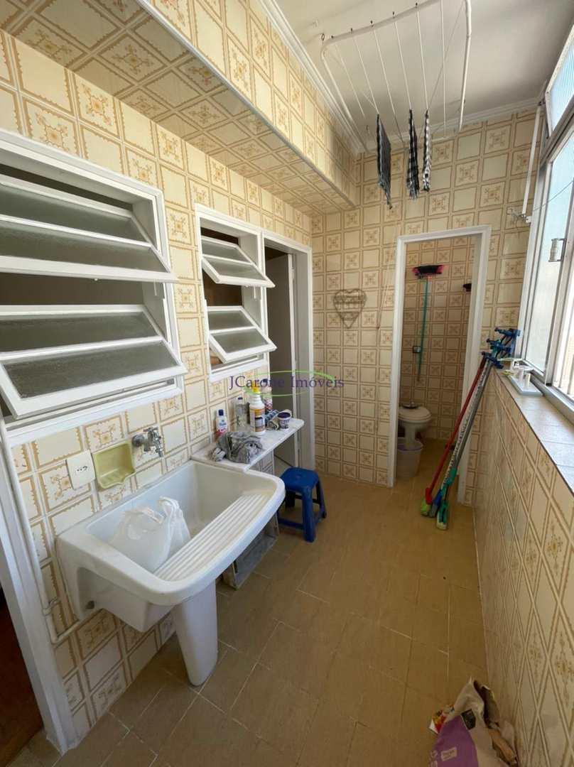 Apartamento com 2 dorms, Gonzaga, Santos - R$ 499 mil, Cod: 64153000