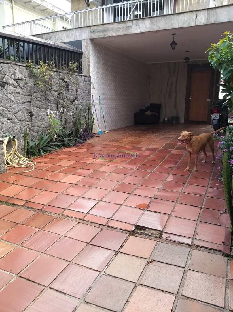 Casa com 4 dorms, Boqueirão, Santos - R$ 1.25 mi, Cod: 64153011