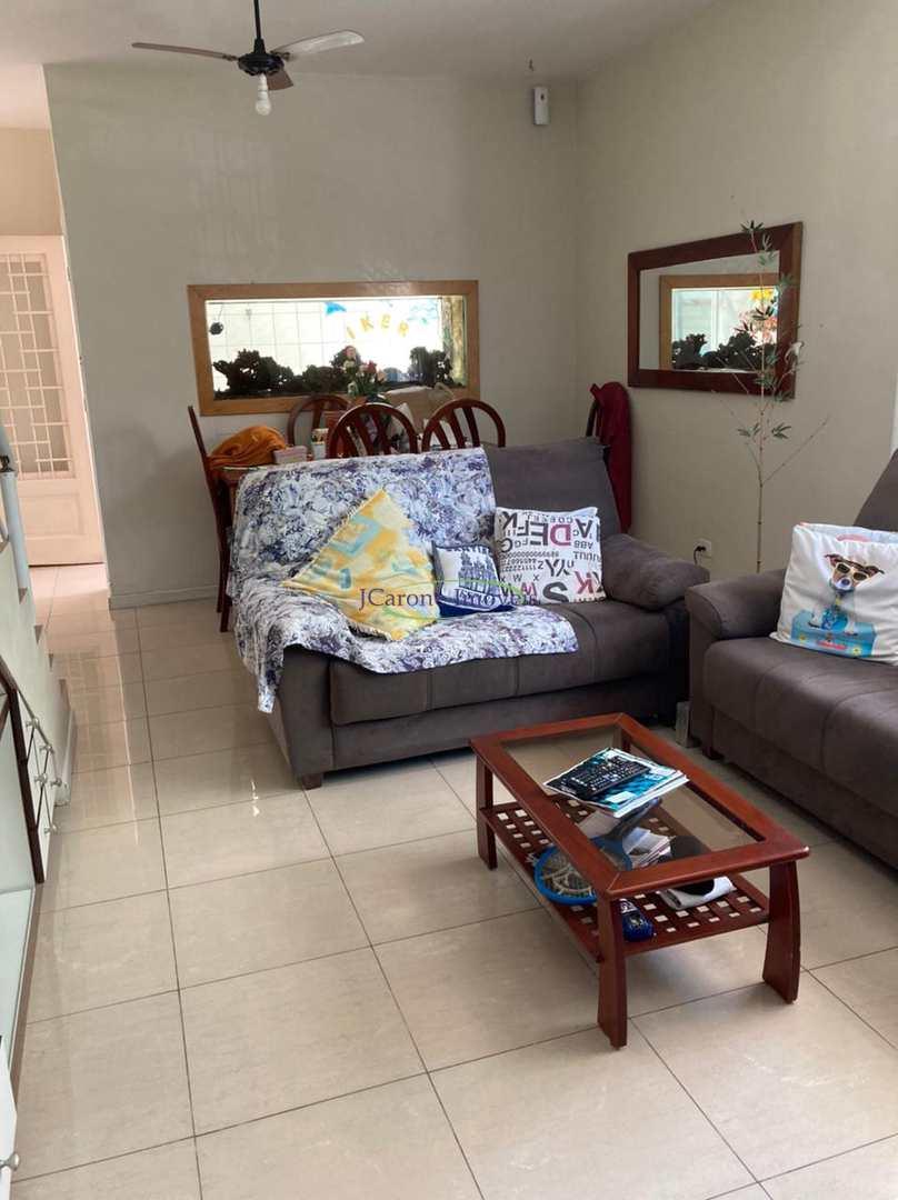 Casa com 3 dorms, Aparecida, Santos - R$ 1.19 mi, Cod: 64153017
