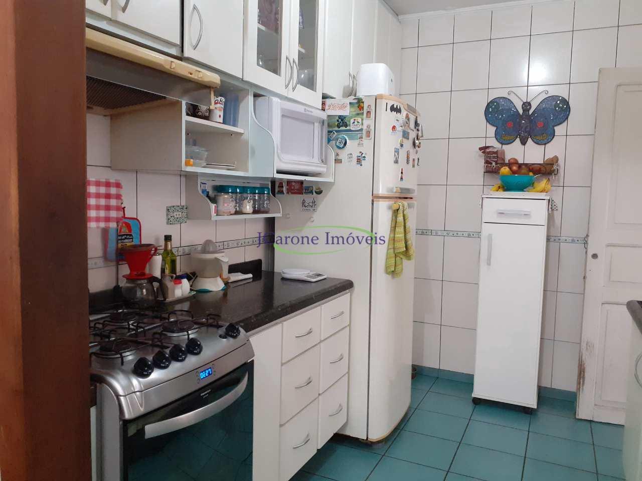 Casa com 3 dorms, Vila Mathias, Santos - R$ 590 mil, Cod: 64153096
