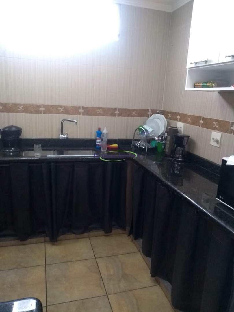 Casa com 1 dorm, Macuco, Santos - R$ 300 mil, Cod: 64153108
