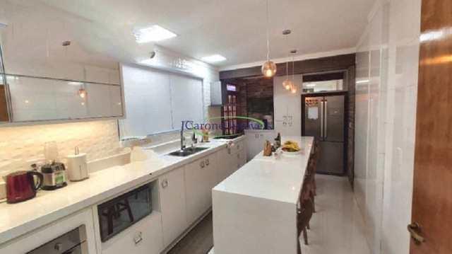 Casa com 3 dorms, Embaré, Santos - R$ 1.16 mi, Cod: 64153203