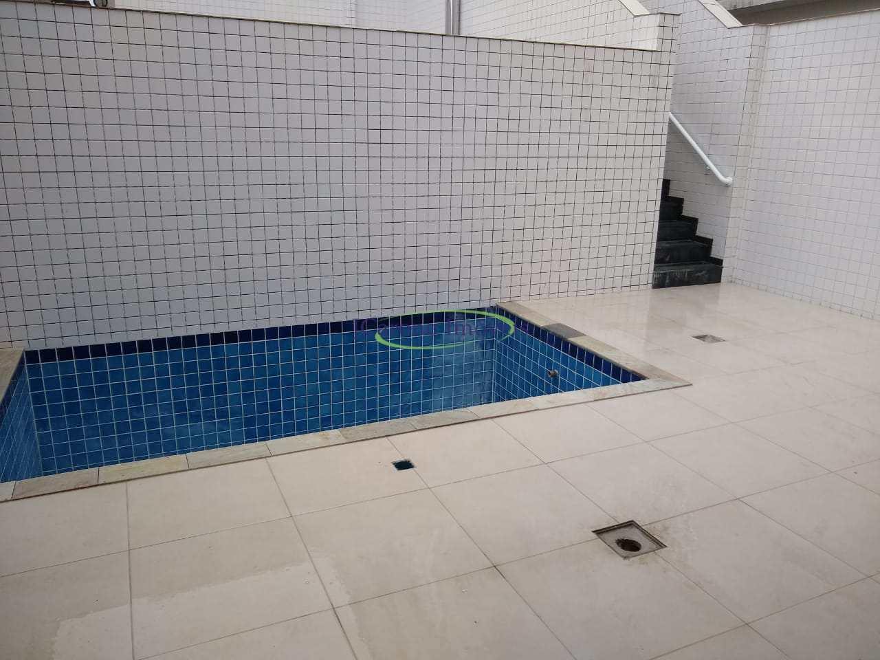 Casa com 3 dorms, Campo Grande, Santos - R$ 1.25 mi, Cod: 64153209