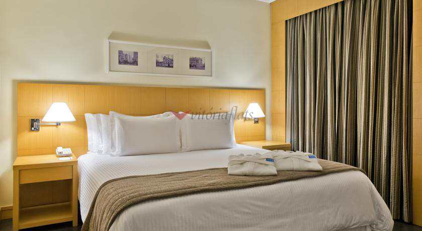 Flat com 1 dorm, Itaim Bibi, São Paulo - R$ 320 mil, Cod: 53260095