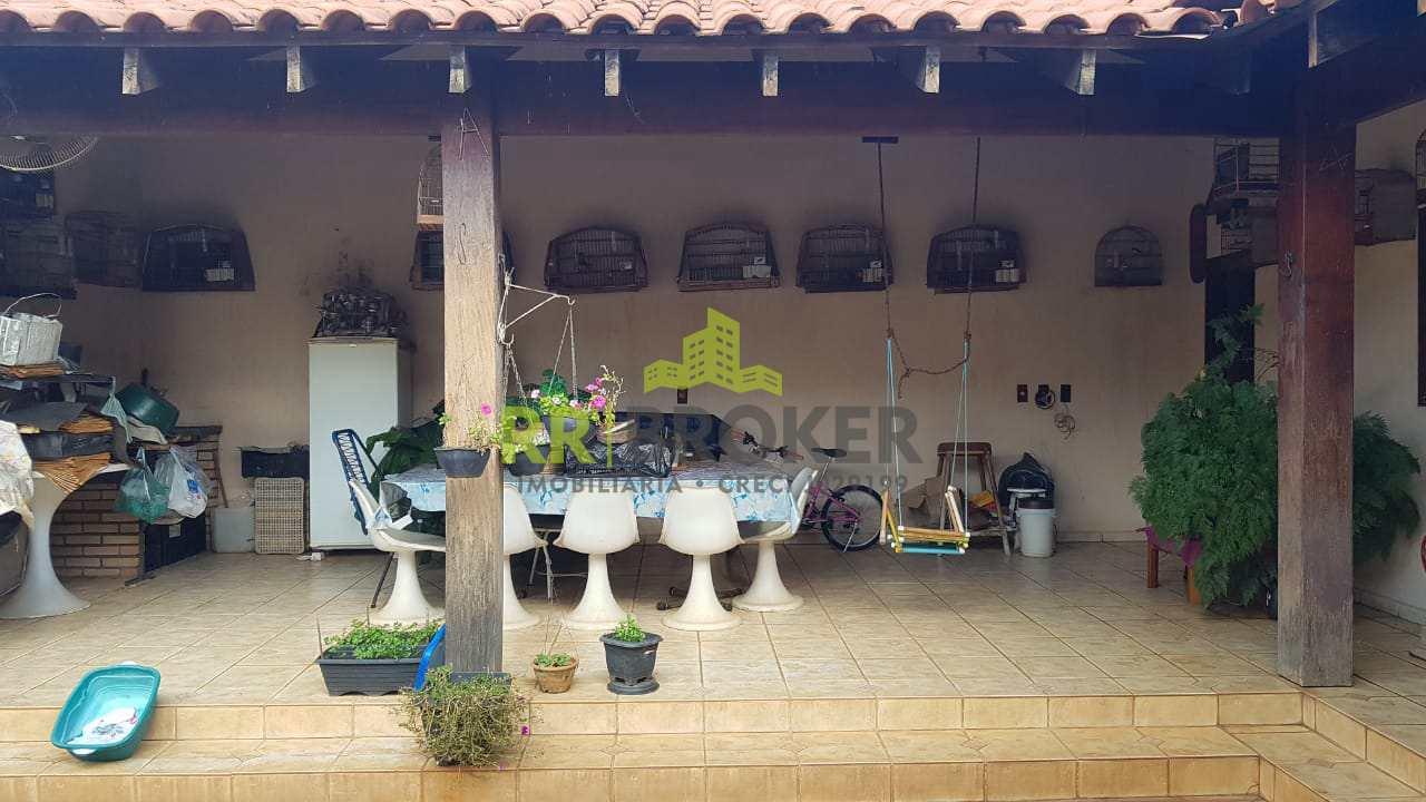 Casa com 3 dorms, Jardim Amêndola, Catanduva - R$ 650 mil, Cod: 56