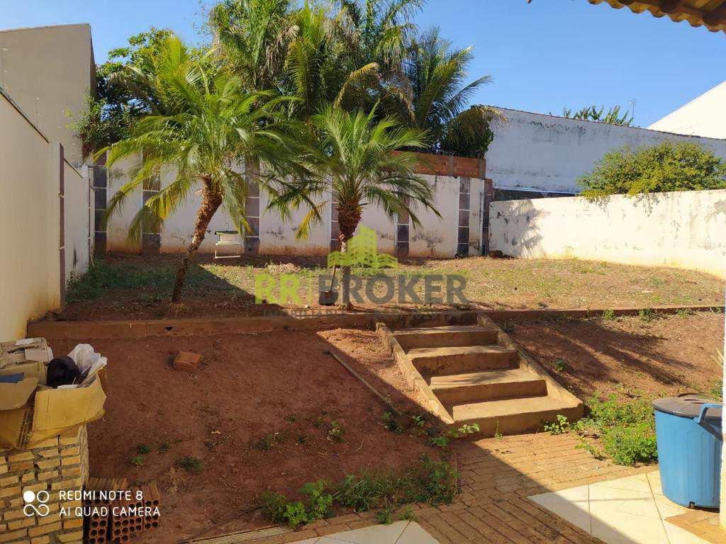 Casa com 3 dorms, Parque Residencial Comendador Mançor Daud, São José do Rio Preto - R$ 750 mil, Cod: 157