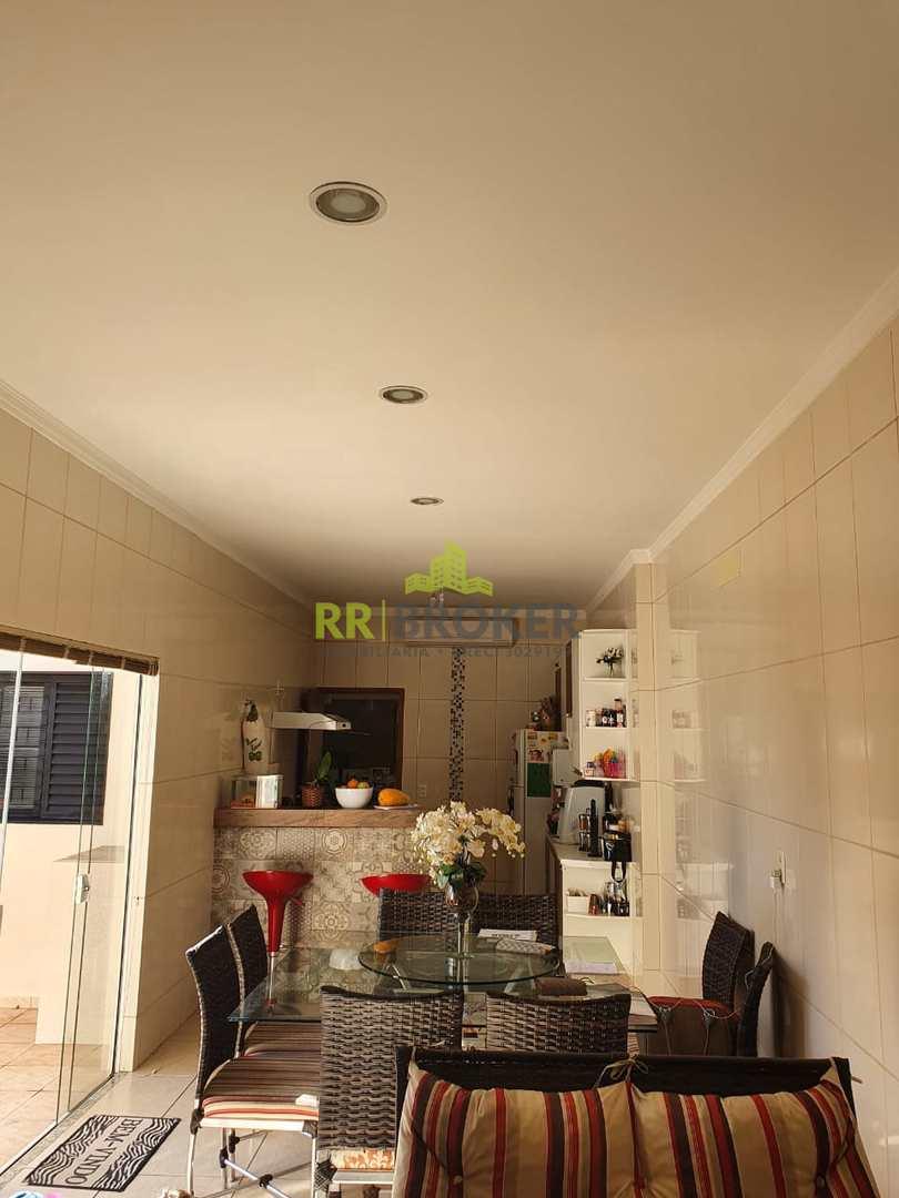 Casa com 3 dorms, Vila Ercília, São José do Rio Preto - R$ 430 mil, Cod: 191