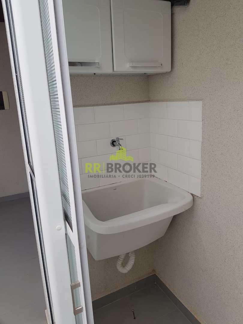 Casa de Condomínio com 3 dorms, Condomínio Residencial Parque da Liberdade III, São José do Rio Preto - R$ 270 mil, Cod: 481