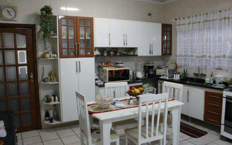 Casa em Praia Grande bairro Guilhermina