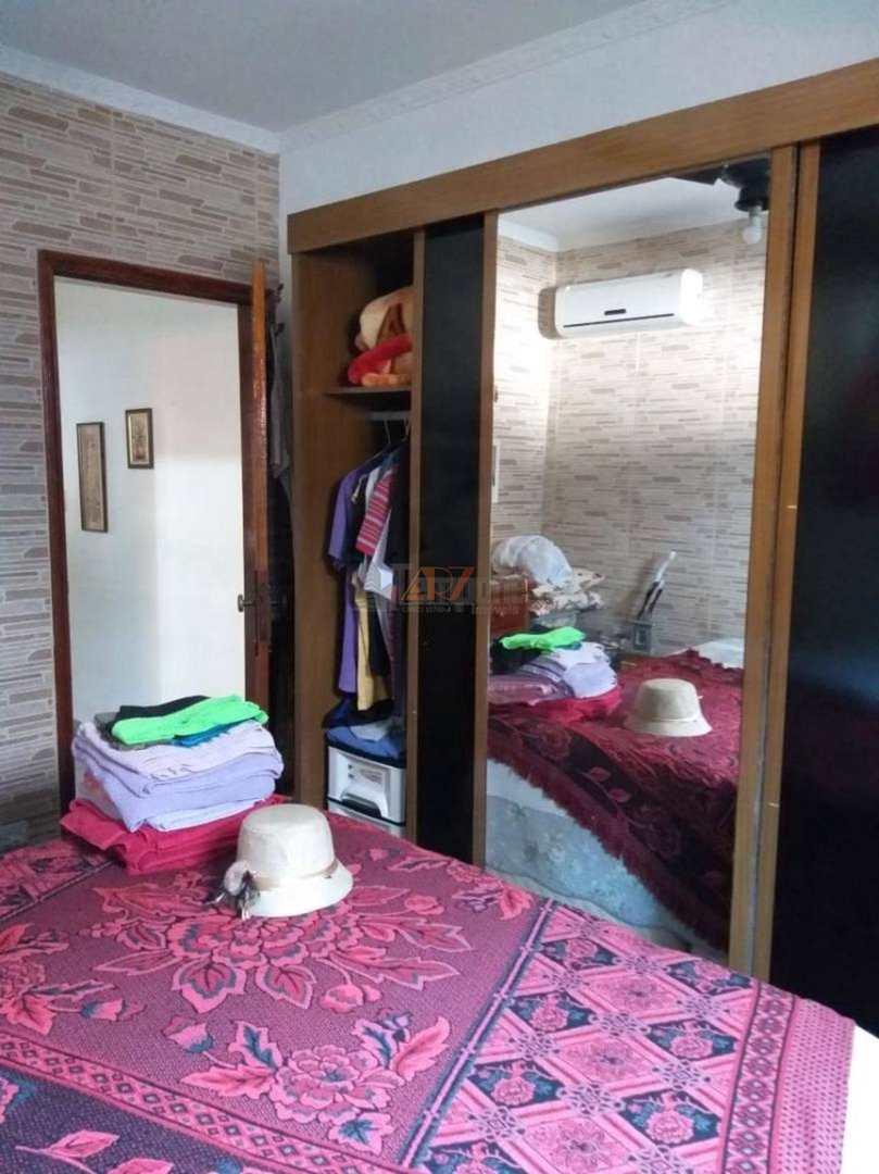 Casa com 3 dorms, Ocian, Praia Grande - R$ 540 mil, Cod: 2164