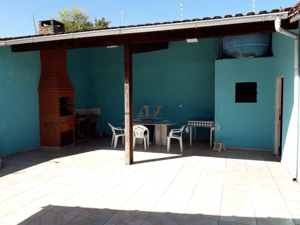 Casa c/ Edícula, Maracanã, Praia Grande - R$ 300 mil, Cod: 2199