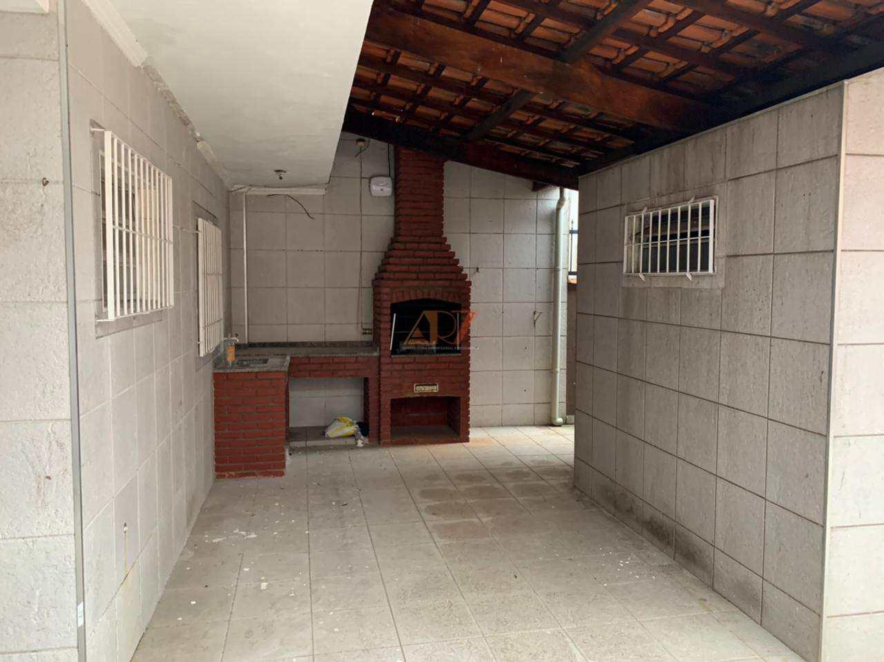 Casa com 2 dorms, Caiçara, Praia Grande - R$ 429 mil, Cod: 2594