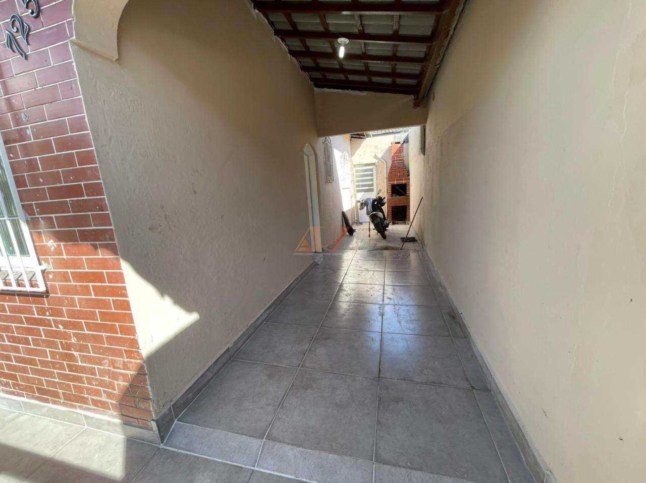 Casa com 2 dorms, Guilhermina, Praia Grande - R$ 330 mil, Cod: 2884