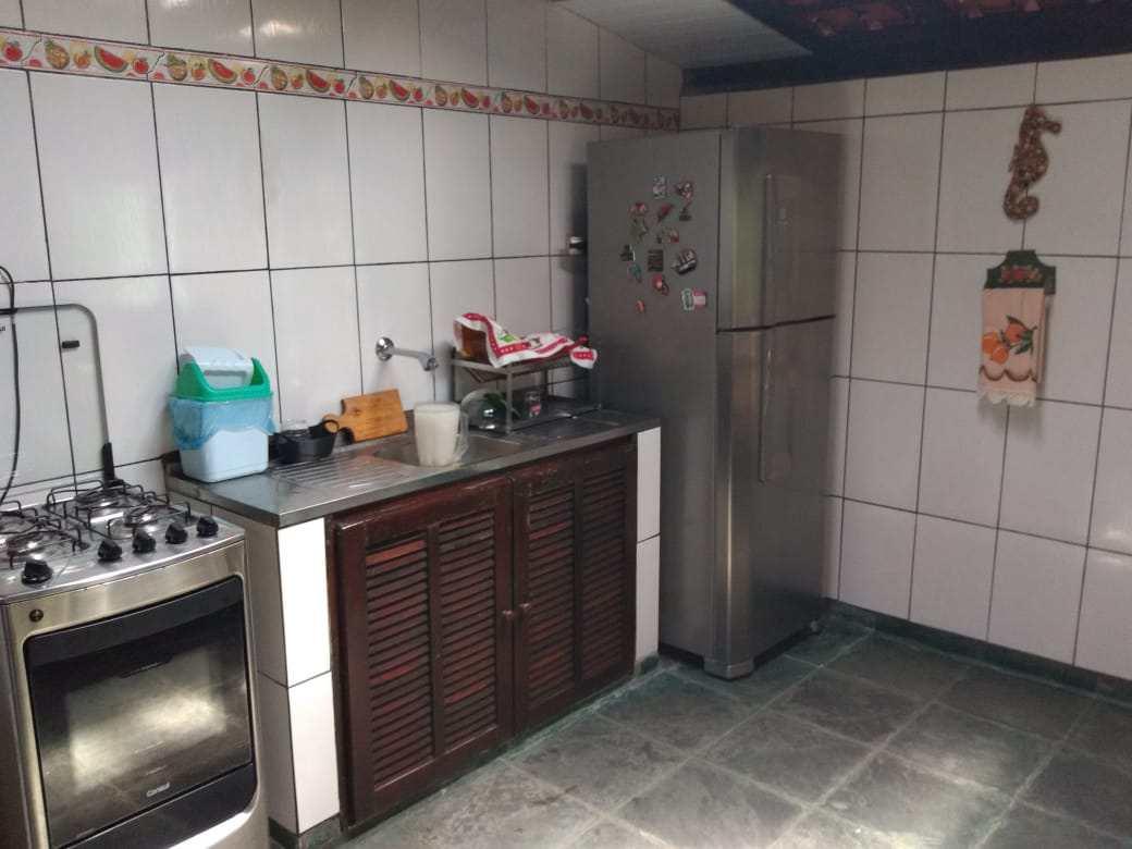 Casa com 3 dorms, Jardim Suarão, Itanhaém - R$ 600 mil, Cod: 70
