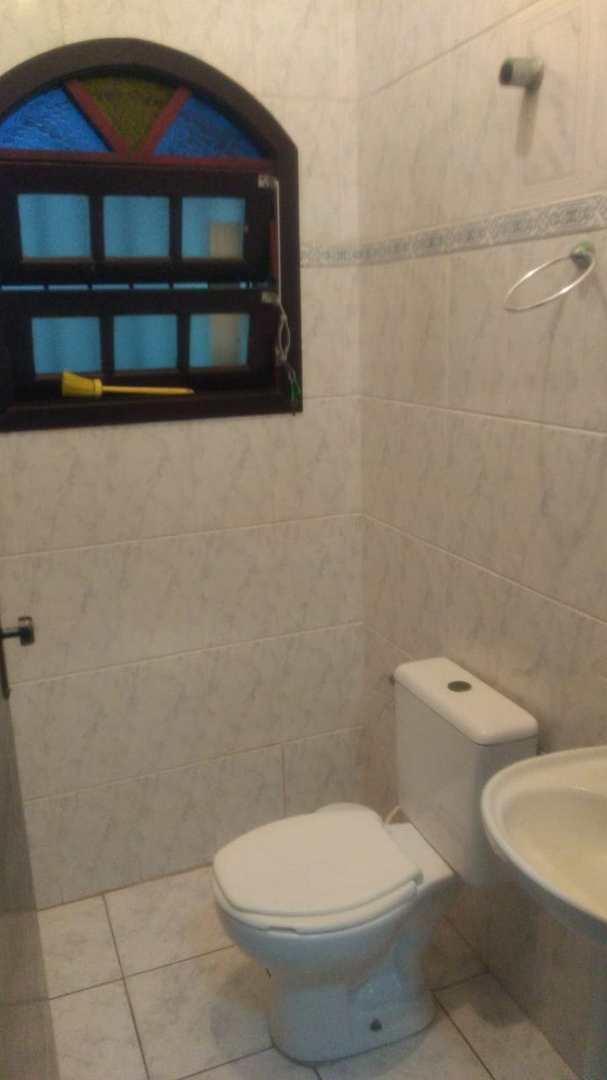 Sobrado com 3 dorms, Balneário Nova Itanhaém, Itanhaém - R$ 360 mil, Cod: 111