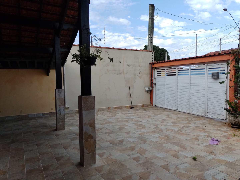 Casa com 3 dorms, Jardim Bopiranga, Itanhaém - R$ 550 mil, Cod: 151