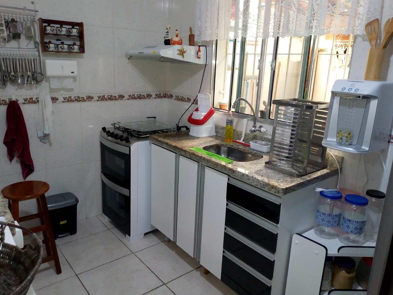 Casa com 2 dorms, Balneário Nova Itanhaém, Itanhaém - R$ 295 mil, Cod: 168