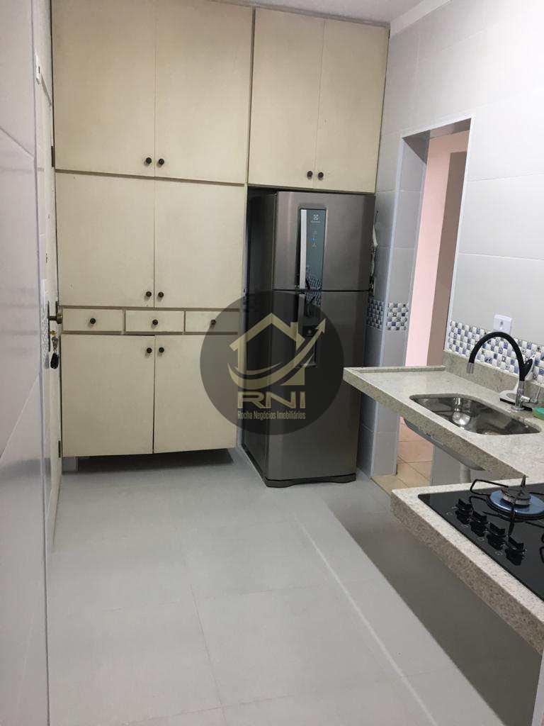 Apartamento com 2 dormitórios à venda, 115 m² por R$ 470.000,00 - Gonzaga - Santos/SP