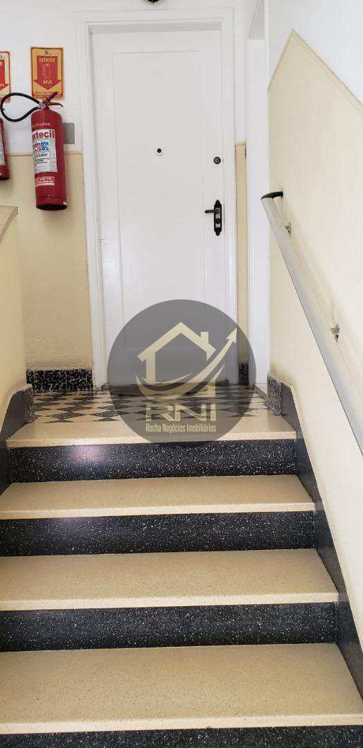 Apartamento com 3 dormitórios à venda, 98 m² por R$ 450.000,00 - Gonzaga - Santos/SP