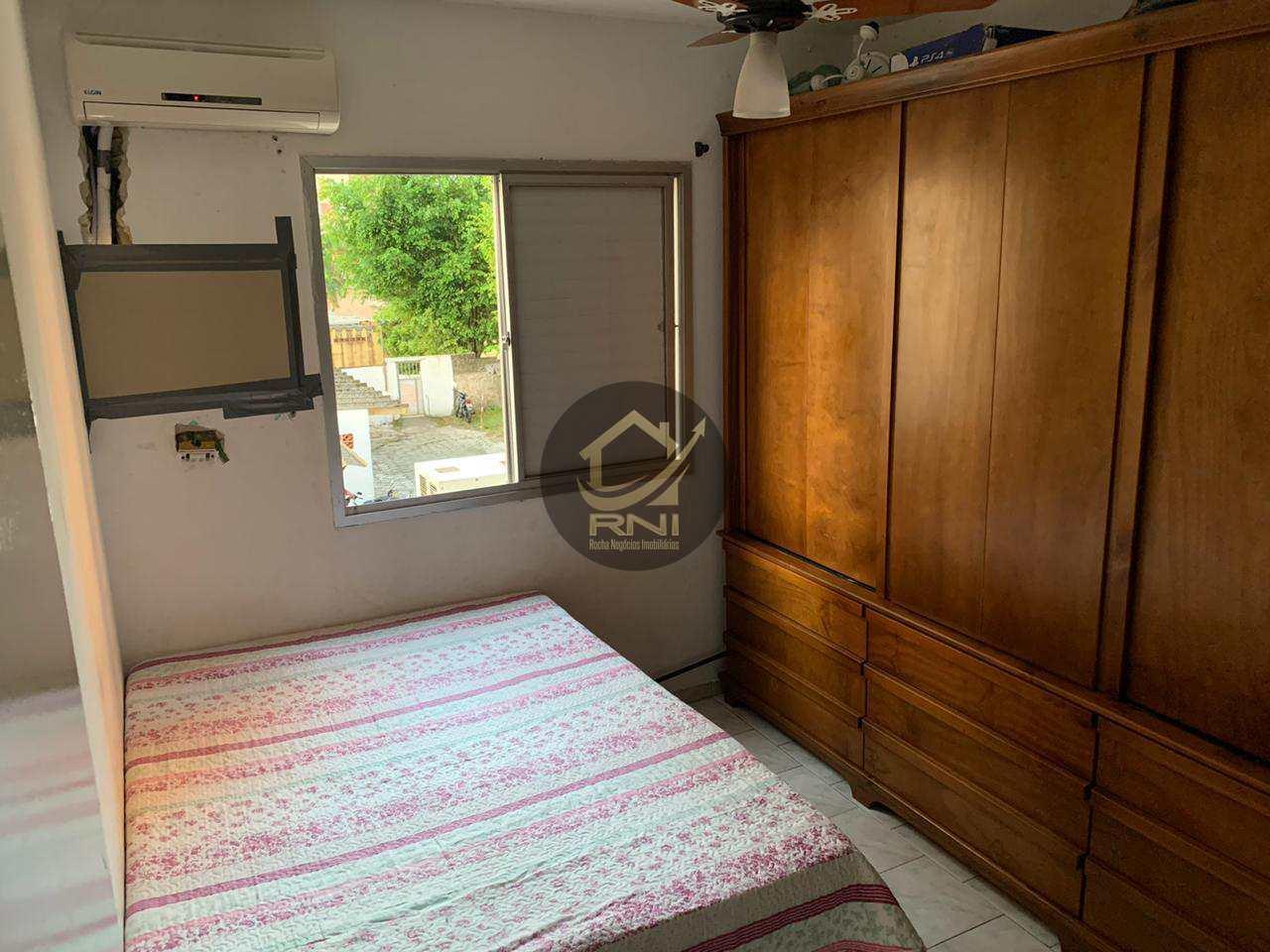 Apartamento com 2 dormitórios à venda, 67 m² por R$ 210.000,00 - Saboó - Santos/SP