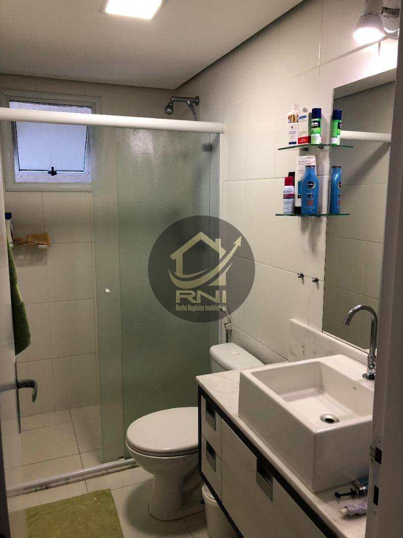 Apartamento com 3 dormitórios à venda, 80 m² por R$ 583.000 - Gonzaga - Santos/SP