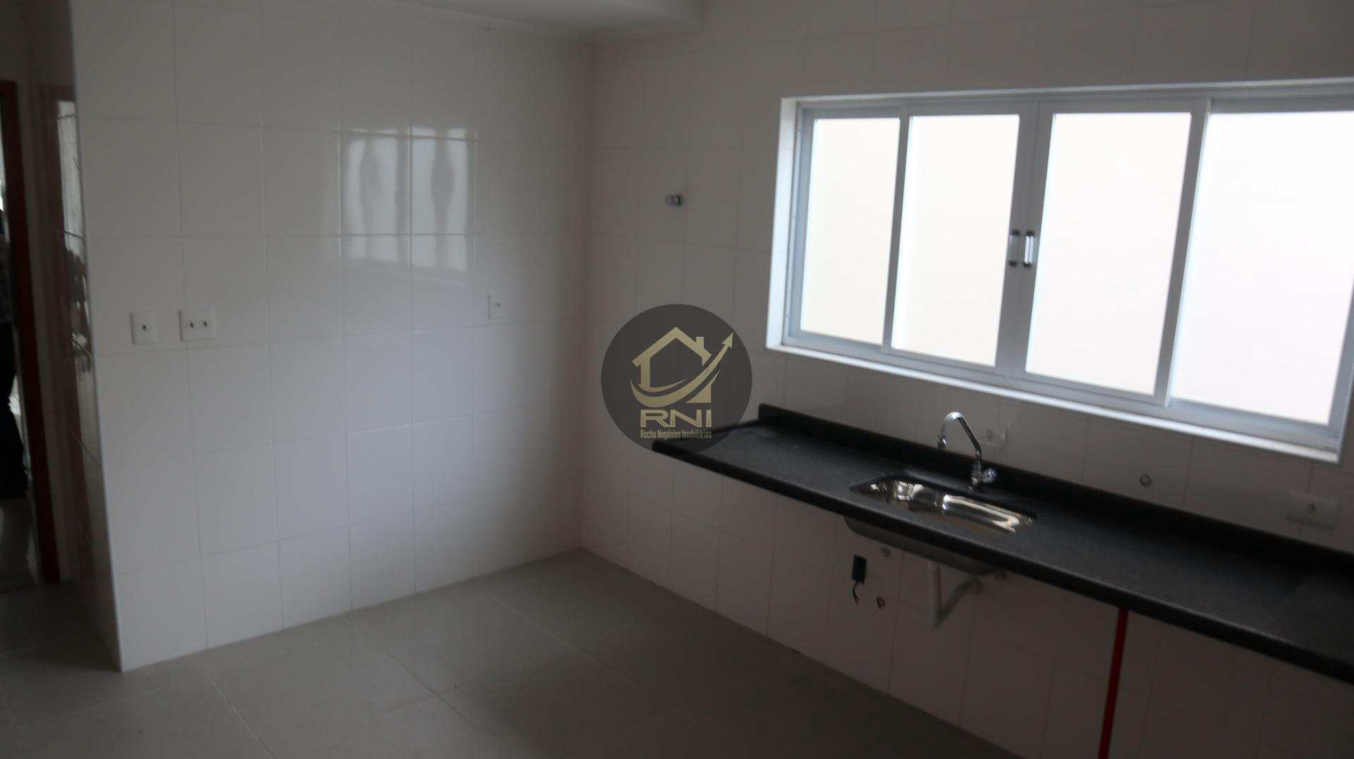 Sobrado com 4 dormitórios à venda, 140 m² por R$ 820.000 - Vila Belmiro - Santos/SP