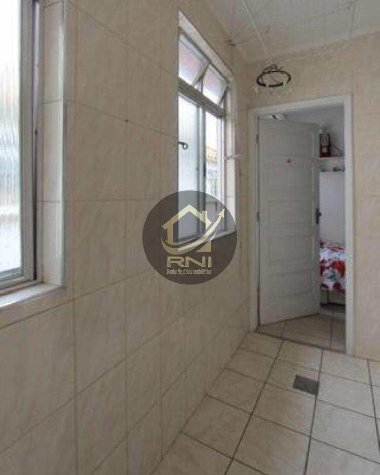 Apartamento com 3 dormitórios à venda, 115 m² por R$ 380.000 - Boqueirão - Santos/SP