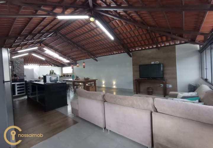 Casa com 2 dorms, Planalto, Divinópolis - R$ 450 mil, Cod: 38